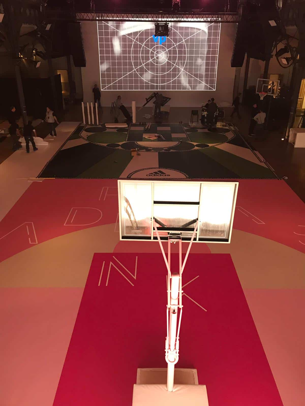 habillage événementiel paris pour adidas nakara sport