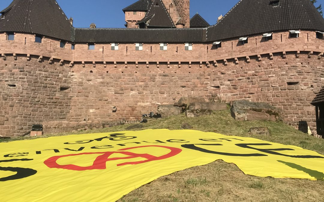 Nakara habille le chateau du haut-koenisbourg Tour de France 2019