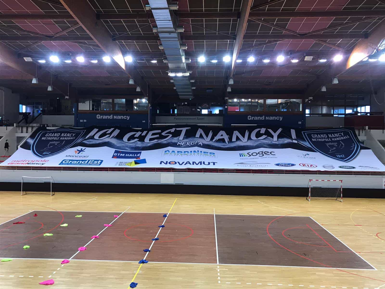 Habillage tribunes nancy handball proligue Nakara Sport
